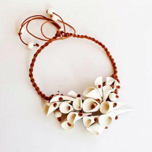 collar artesano